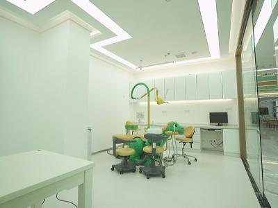 惟德口腔儿科手术室